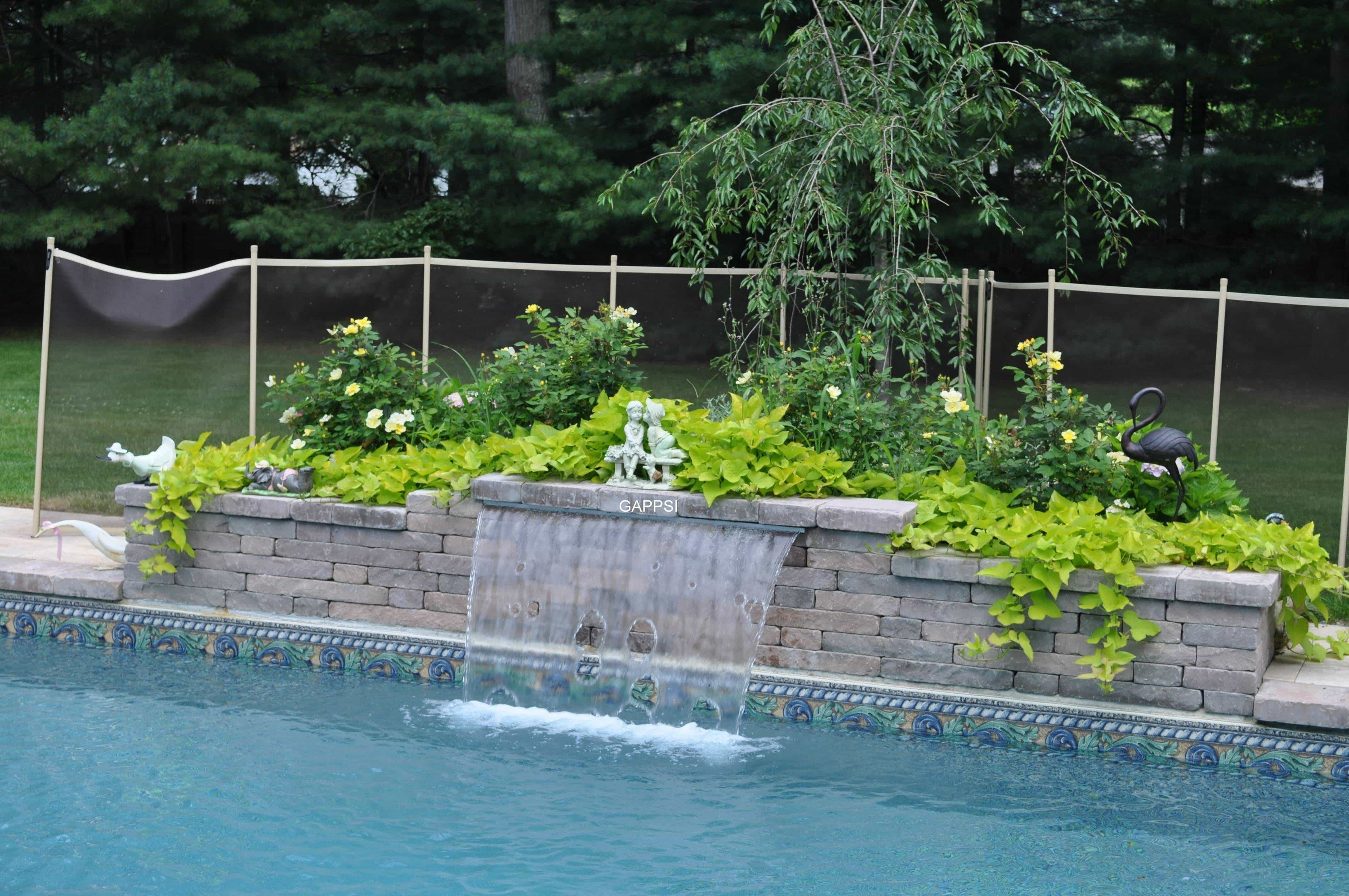 Outdoor Water Features Amp Pool Landscaping Gappsi